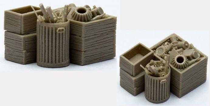 caixas Abertas com Sucata/Lata de Lixo