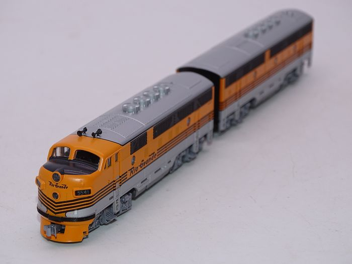 Locomotiva F3A/B