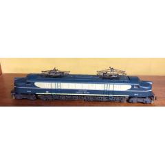 Locomotiva V8